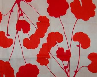 Marimekko Poimulehti cotton fabric, 1/2 yards from Finland