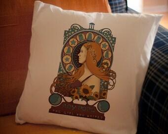 the Doctor ART NOUVEAU pillow / Amy portrait
