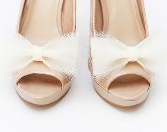 Ballerina's Bow Ecru shoe clips