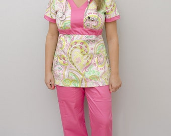 Rimma V-neck line nursing scrub top Two pockets gathered in the middle Elastic waistline Elastic back