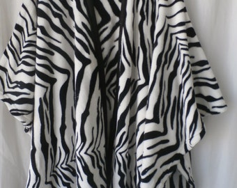 Zebra stripe wrap/robe---ZEB111814