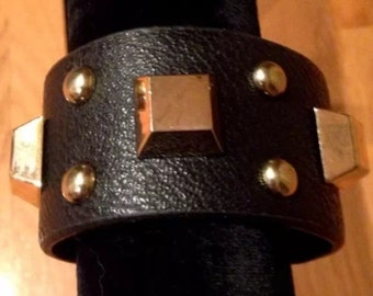 Fashionable Faux Leather Studded Cuff