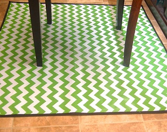 Non Slip Laminated Cotton Green Chevron High Chair Messy Mat