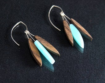 Modern Feather Earrings - Seafoam Green