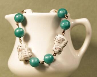 Porcelain Cat Bead Bracelet