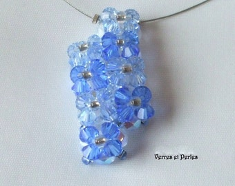 Blue offset pendant necklace