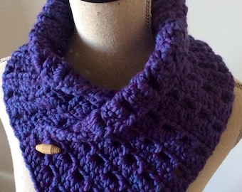 NECKWARMER WITH BUTTON