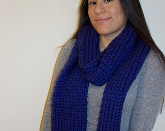 Super Long Chunky Warm Knitted Scarf - Royal Blue