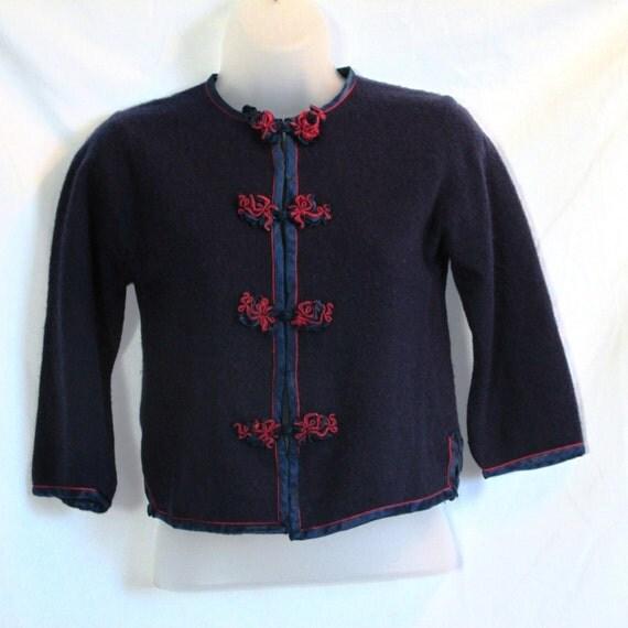 quartermaster inspector us navy blue sweater finns på ...