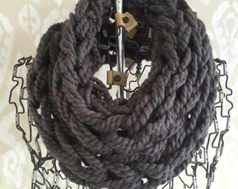 Short Cowl Scarf / Granite / Arm Knitted