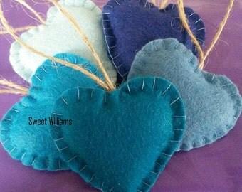 Set of 5 Mini Wool Felt Hearts