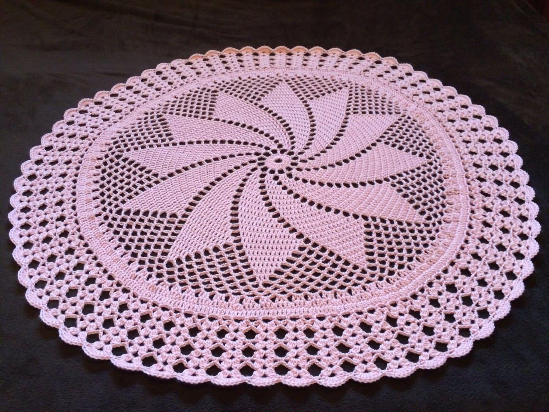 Crochet Baby Blanket Patterns Round : Round Pinwheel Crochet Baby Blanket