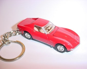 3D 1970 Chevrolet Corvette Sting Ray custom keychain by Brian Thornton keyring key chain finished in red color trim metal body opening hood
