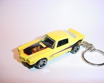 3D 1970 Chevrolet Camaro SS custom keychain by Brian Thornton keyring key chain finished in black/yellow color trim 396