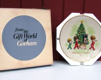 Christmas Plate 1973 Gorham Fine China Moppets Holiday Plate