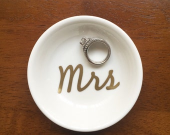 Wedding ring bowl hk
