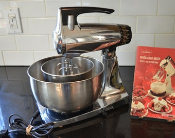 Vintage Sunbeam Mixmaster - 12 Speed - Chrome -  Stand Mixer - Working - 2 Bowls - Instruction Booklet