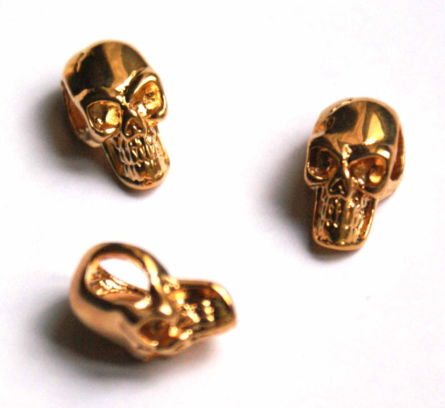 gold plated skull bead 10 6 mm