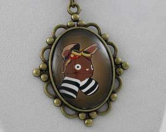 """Fum the Puppet: """"Drawn"""" - Cameo Necklace"""