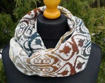 Soft, warm scarf both heat both beauty.Circular infinity shawl.