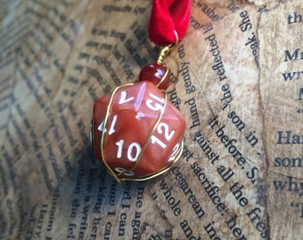 Dungeons and Dragons Wire Wrapped Dice geek nerd Pathfinder pendant Necklace