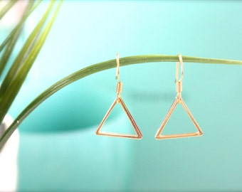 Triangle earring / simple, chic earring / simple triangle earring / cute earring /
