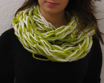 Warm scarf in spring colours! EGST