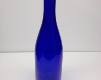ONE (1) - Cobalt Bue Bottle 750 ML for Crafting, Parties, Bottle Trees, Wedding, Decor, Home Brew, Beer, Wine, Lighting
