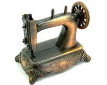 Vintage Metal Sewing Machine Pencil Sharpener