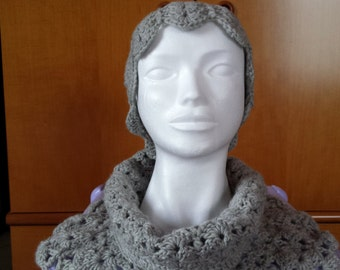 Hat and scarf in wool gray pearl