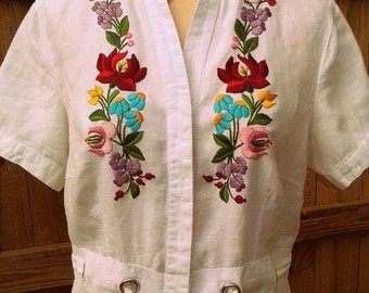 Traditional Hungarian embroidery from Great Plain - Kalocsa, hand stitched, custom-made