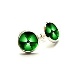 One Hulk - Silver Stud Earrings - oallergenic EarringsHyp
