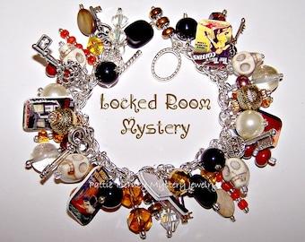 LOCKED ROOM MYSTERY Charm Bracelet
