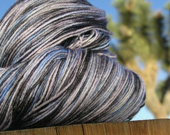Fingering Weight Yarn - BFL Wool (Blue Faced Leicester) - Damselfly
