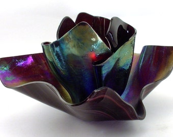 Vase Candle Set - Dark Purple Wispy Iridized Vase & Dish with Free Spring Rain Soy Paraffin Wax Blend, Paper Core, Self-trimming Wick Candle
