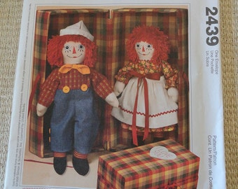 McCalls Crafts 2439 Raggedy Ann & Andy Collectors Sewing Pattern UNCUT