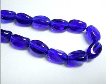 36pc 11x7mm twisted glass bead-w4035x3