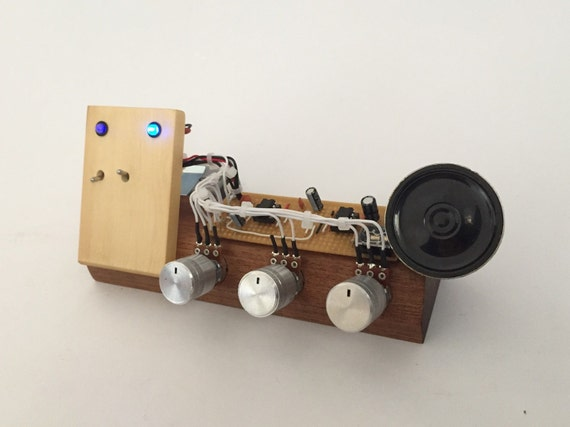 Electronic Musical Instruments : Crownotron synth handmade electronic musical instrument