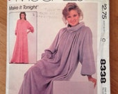 Vintage Pattern McCall's 8338  - Lounge Dress / Robe