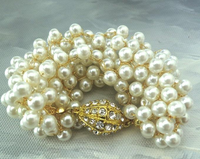 Chunky Cream Pearl Gold Bracelet for Vintage Weddings