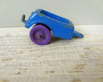 Tootsietoy blue trailer 1967 purple wheels toy car little people truck