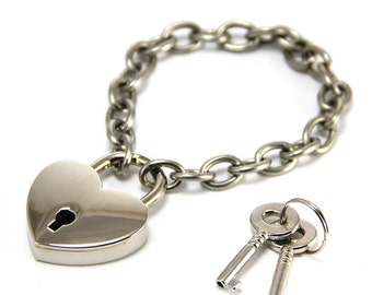 Heart Lock Bracelet 50 Shades of Grey Style. Link bracelet 304 stainless steel chain with keys.