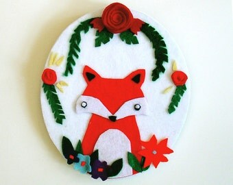 the Floral Fox - white - felt wall hanging