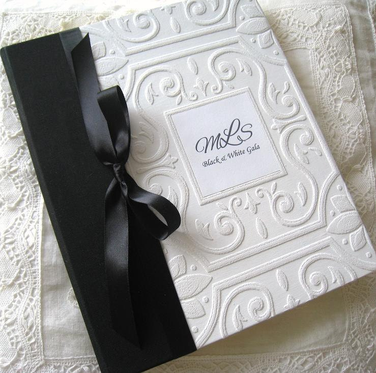 wedding photo album photo album monogram album personalized. Black Bedroom Furniture Sets. Home Design Ideas