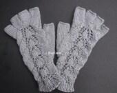 Silver Gray Hand Knit Fingerless Gloves, Gray texting gloves, Gray fingerless gloves with fingers, Half finger knitted gloves
