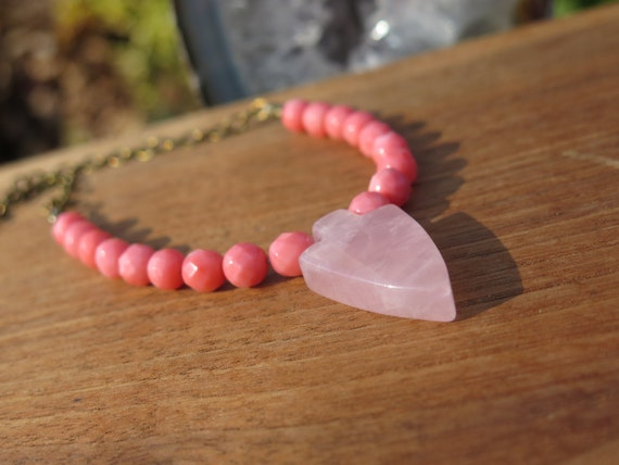 Coral pink and rose quartz arrowhead pendant stone beaded for Audry rose jewelry reviews
