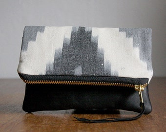 SALE The Belinda Pouch /////  Grey Ikat Pouch. Black Ikat Clutch.