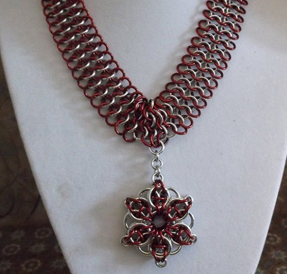 Chainmaille Chocker Necklace with Celtic Star Pendant
