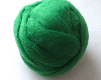 Roving for Spinning -- Polypay Wool Emerald 14 -- 4 oz.