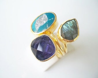 sale sale sale----------Triple Gold plated Sapphire and Labradorite ring